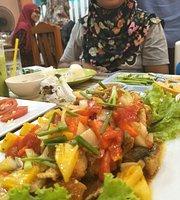 Madina Halal Food Aonang
