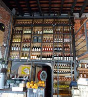 Amadeo Bar