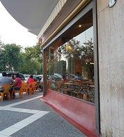 La Capital Café & Bar