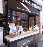 Meggie Coffee