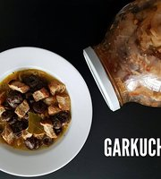 GARKUCHNIA