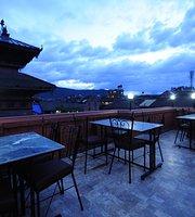 Nyatapola Rooftop Cafe