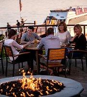 Boat House Pub