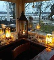 Hafenrestaurant Blau Rot
