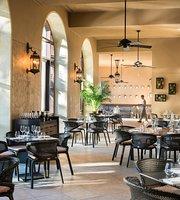 The 10 Best Restaurants Near Four Seasons Resort Orlando At