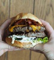 Dognvill Bar & Burger