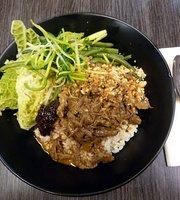 Kamalig - Filipino Eatery