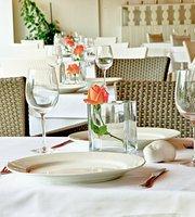 Akrogiali Restaurant