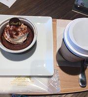 Lindt Chocolat Cafe Vina Gardens Ebina