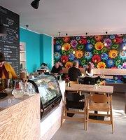 Babuni Pierogeria & Cafe