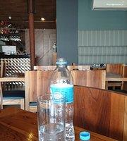 Emilio's Restaurante Bar