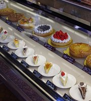 Freres Pastry
