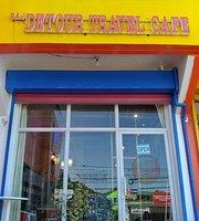 Detour Travel Cafe