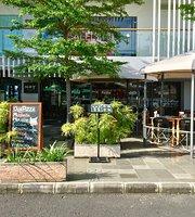 Noy Cafe & Resto
