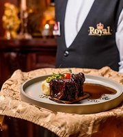 Royal Pub & Restaurant