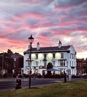 The Queens Hotel - Lytham