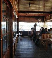 Barefoot Bar & Brasserie