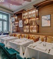 SNOB Bar & Restaurant