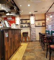 Bar Motore, Kataharamachi