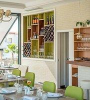 Fresh Mediterranean Restaurant & Lounge