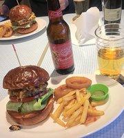 Choppers Hamburger & Cafe