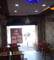 2 Amigos fast food corner