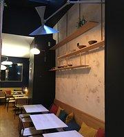Cafe Mokoji
