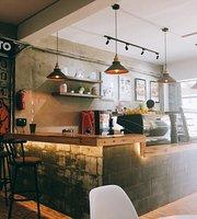 Posto Cafe