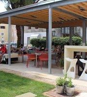 Lounge Bar Hedonist