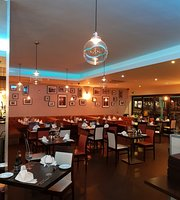 Porto Bello Mediterranean Restaurant & Bar