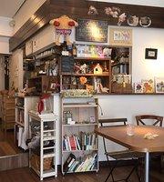 カフェ オモンパカル