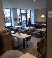 Nachmittagscafe Sorat Hotel Saxx