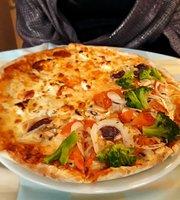 Luccia Pizzeria