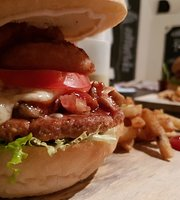 Santa Rosa Burgers Club