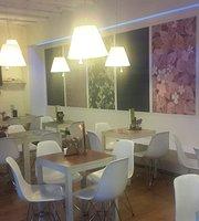 Mitja Lluna Cafè Bar