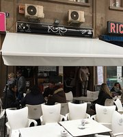 Kempes Cafe-Bar
