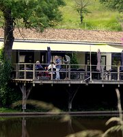 Le Lac Restaurant