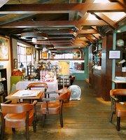 Hua Tai Cafe