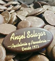 Pasteleria Y Panaderia Angel Salazar