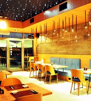 Izakaya Sushi Bar