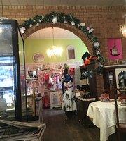 Mal's Vintage Tea Shop