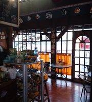 Faro's Cafe