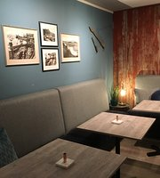8373 Cafe