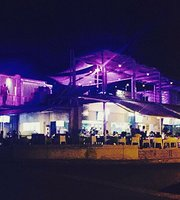 Metaxi Mas Cafe