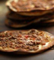 Saj Jardins - Restaurante Arabe, Culinaria Libanesa