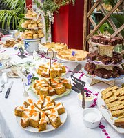 ‪Angenietea's High Tea's en Taarten‬
