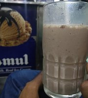 Variety Fresh Juice and Amul Ice-Cream Corner