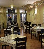 Massa Taverna