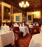 ‪Peers' Dining Room at the House of Lords‬