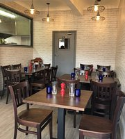Whyteleafe Pizza & Grill